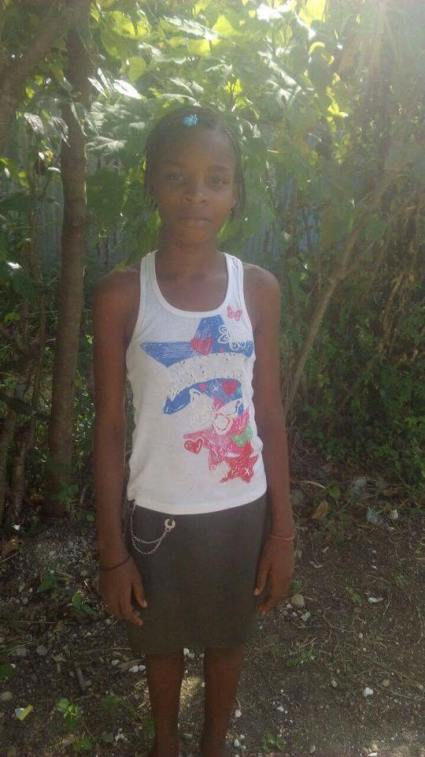 Cadichon Cathonia is 14 & completed grade 7. She is being raised by her mom. She would enjoy school.